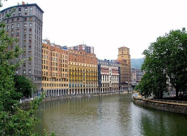 Viajes Viramundo Bilbao - Silhouette de Celebrity Cruise