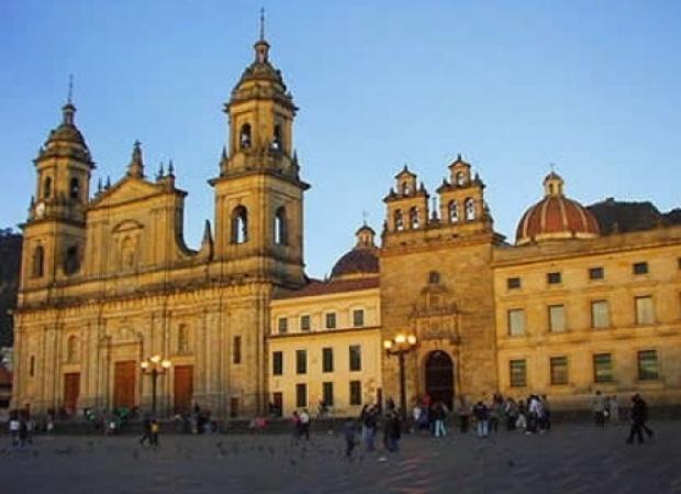 Viajes Viramundo Bogotá - Silhouette de Celebrity Cruise