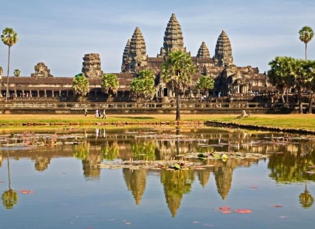 Viajes Viramundo Camboya - Silhouette de Celebrity Cruise