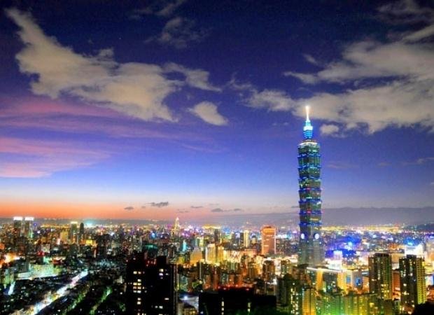 Viajes Viramundo Taipei - Silhouette de Celebrity Cruise