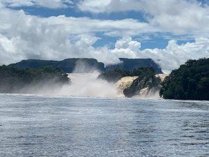Viajes Viramundo Canaima 1 300x225 - Parque Nacional Canaima, Venezuela
